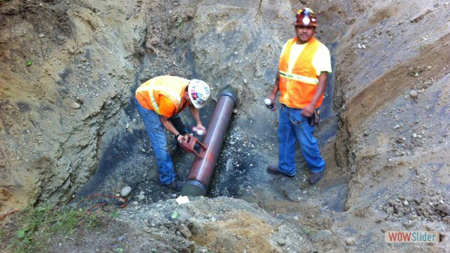 Testing by Magna Flux to confirm no defects in pipe